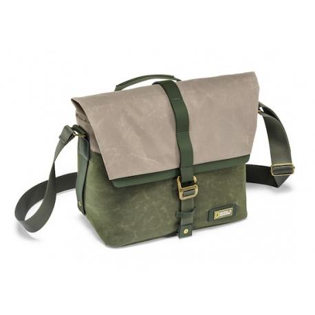 NATIONAL GEOGRAPHIC NG RF2350 Rain Forest Camera Messenger Bag