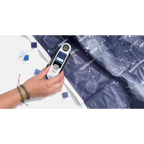 Pantone CAPSURE™ with Bluetooth